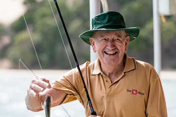 Catch and kiss on Moreton Island | Aged Care Online