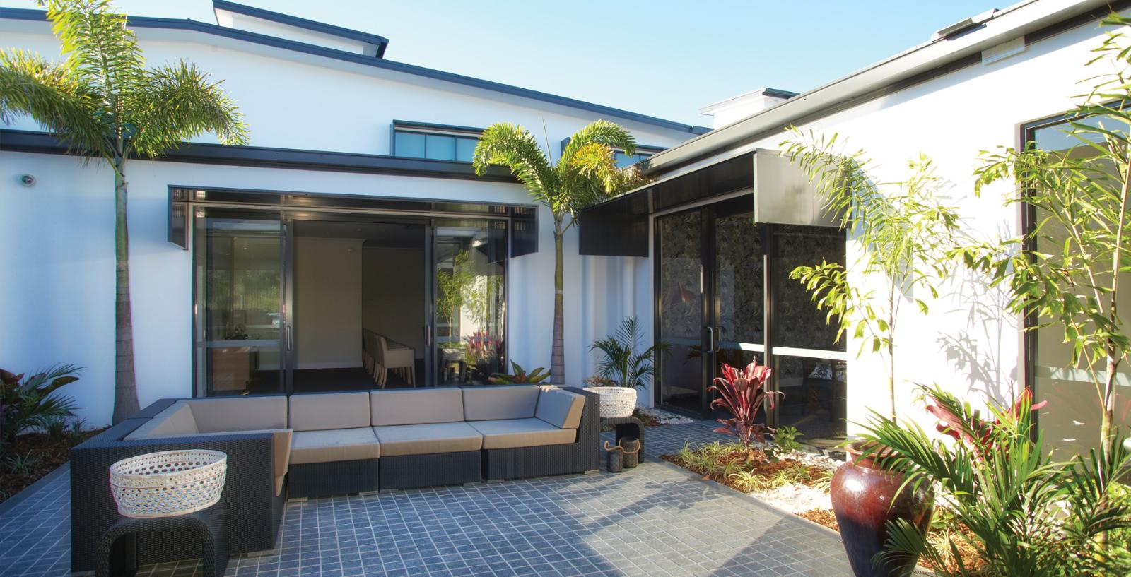 Arcare aged care maroochydore courtyard 01