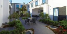 Arcare aged care maroochydore courtyard 02