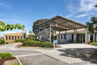 Aged care homes in Deer Park, Victoria and suburbs within